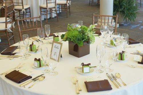 Wedding tablescape with matching favor boxes