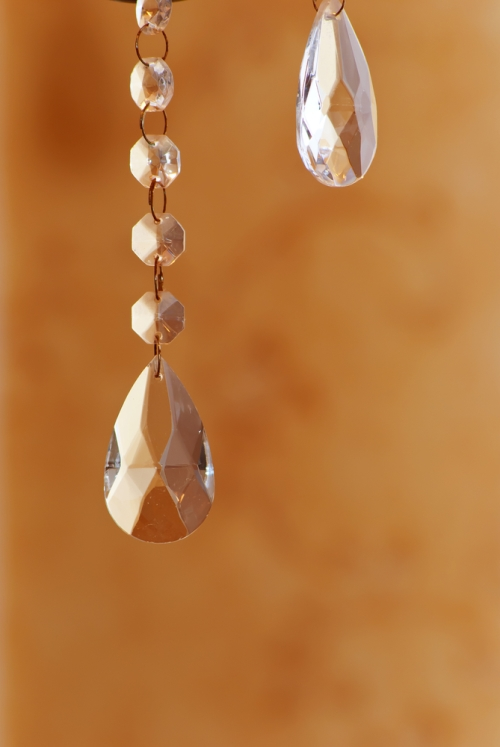 Hanging crystal garland strands