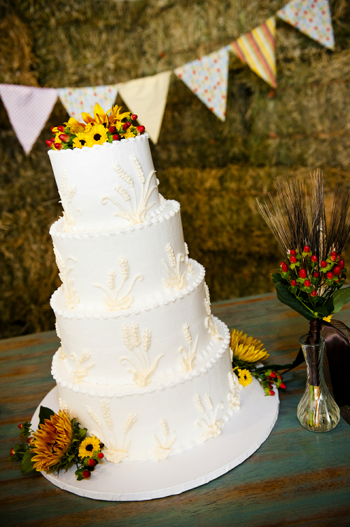 Wedding Cake with Bunting Banner