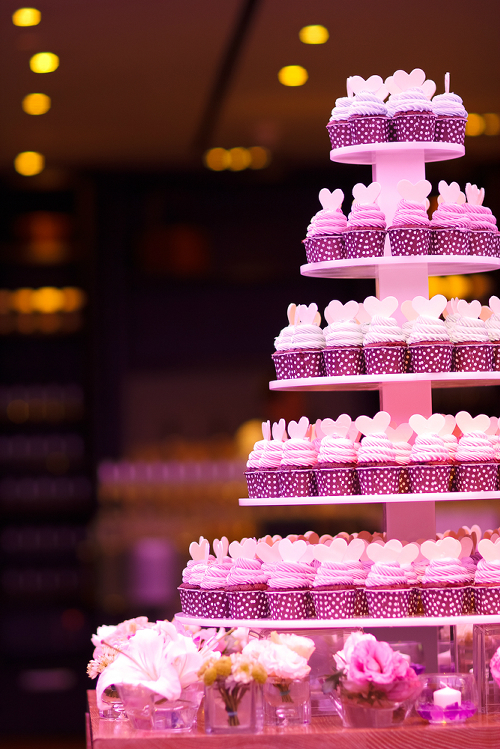 Wedding Cupcakes on stand