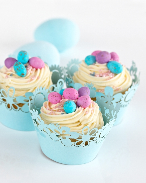 Light blue floral cupcake wrapper