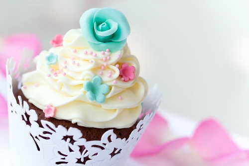 White floral cupcake wrapper